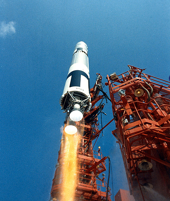 Gemini 9 startas