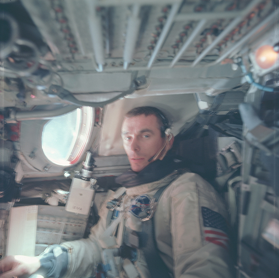 Gene_Cernan_in_Gemini_IX_spacecraft
