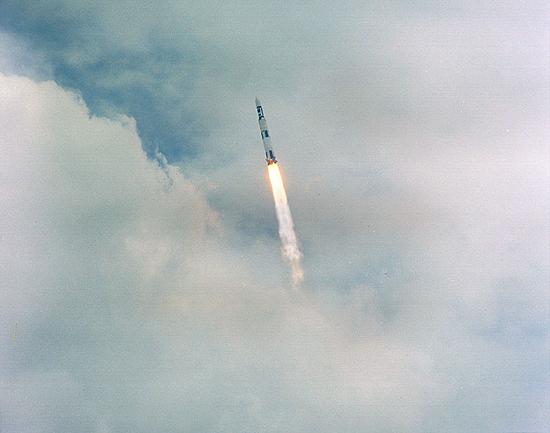 skylab-1 startas8