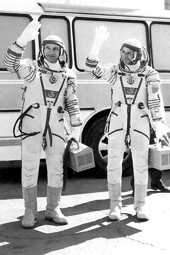 SojuzT13B