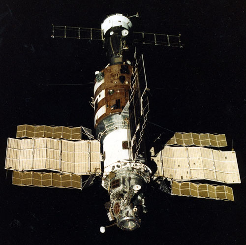 Salut, Skylab, Mir, TKS, Tiangong 1, Tiangong 2, Salyut 7, SoyuzT-13