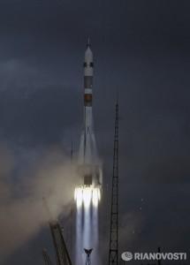 Sojuz-8 startas