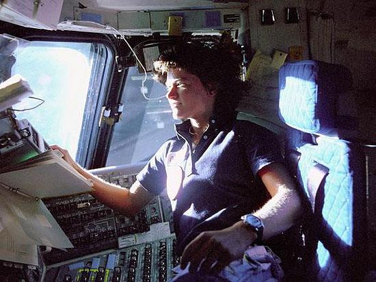 SChrista McAuliffe, FLAT, Judith Resnik, Kalpana Chawla, Peggy Whitson, Svetlana Savickaja, Valentina Tereškova, Sally Ride - first USA women in space