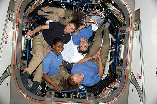 Christa McAuliffe, FLAT, Judith Resnik, Kalpana Chawla, Peggy Whitson, Svetlana Savickaja, Valentina Tereškova, four women in ISS