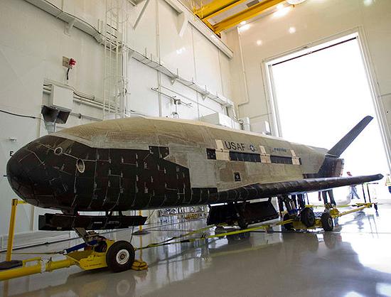 Artis Magnae Artilleriae, Buran, Dragon V2, Dream Chaser, K. Semenavičius, Space Shuttle, SpaceX, White Knight, X-37B