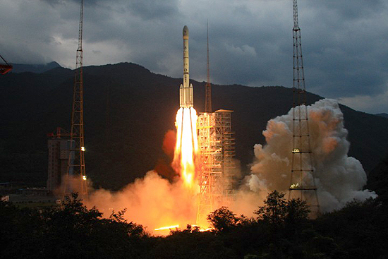 Chang Zheng 3 rocket start
