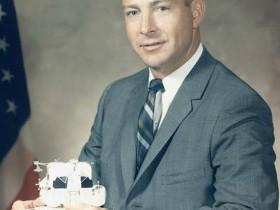 Edgar Dean Mitchell