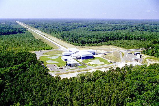 Gravitacija, LIGO, LISA LIGO in Livingston