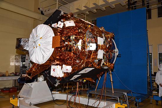 LituanicaSat-2, Cartosat-2, Nanoavionika, ISRO, PSLV-C38, Venta-1 Cartosat-2_01