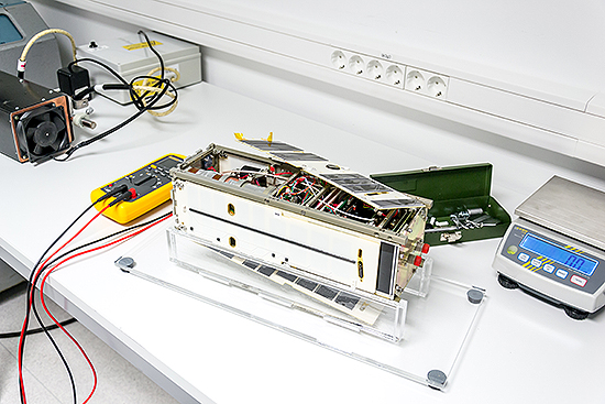 LituanicaSat-2, Cartosat-2, Nanoavionika, ISRO, PSLV-C38, Venta-1 LituanicaSAT2_testing