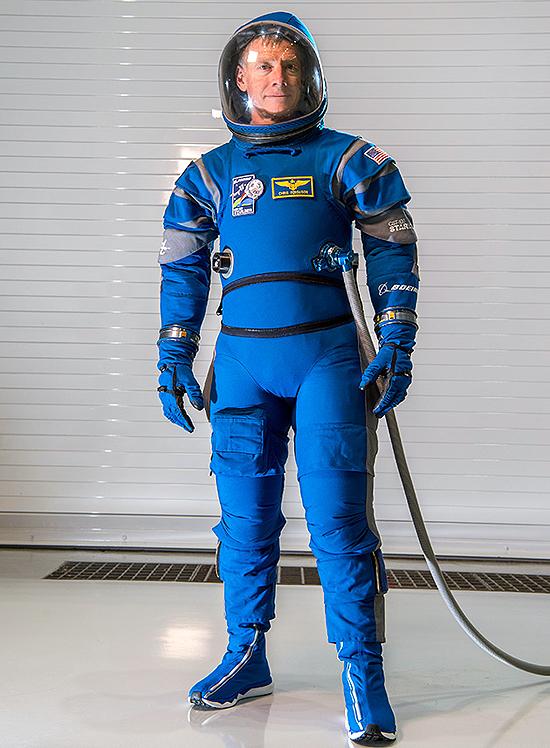 Starliner Space Suit_MCF16-0049 Series