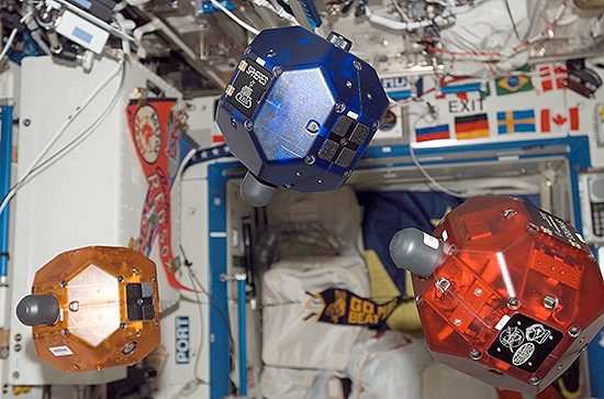 3_SPHERES_on_International_Space_Station