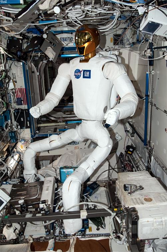 R2 robonaut in ISS