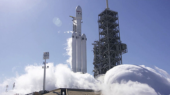 Space-Rocket-falcon-heavy-5