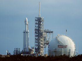 Falcon-Heavy-LunchPad-Spaceflightnow