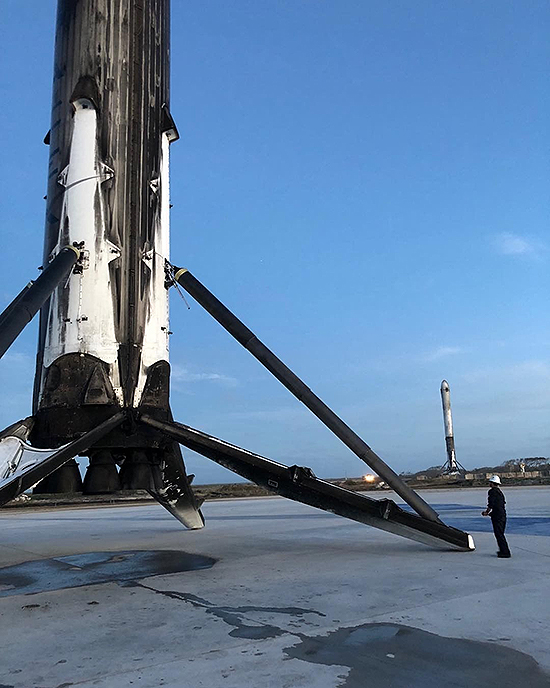 LZ2-with-Falcon-Heavy-boosters-Elon-Musk