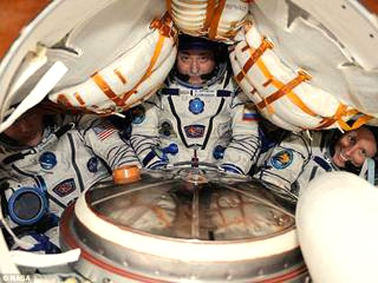 Soyuz TMA_inner