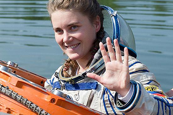 Ana Kikina moterys kosmose