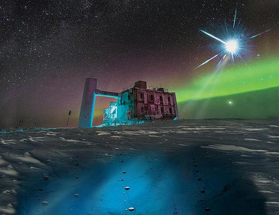 IceCube C Neutrinas, neutronas, neutroninė žvaigždė, cefeidė, pulsaras, juodoji bedugnė, gravitonas