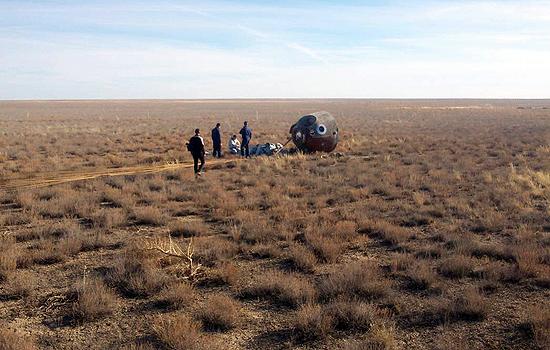 Soyuz MS-10, Baikonuras, TKS, A Ovcinin