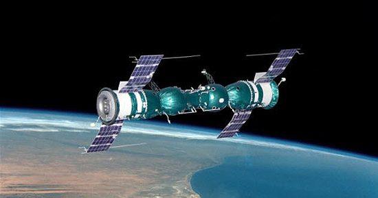 Kosmosas, skrydžiai, pavojai, Liberty Bell 7, Soyuz-4-5