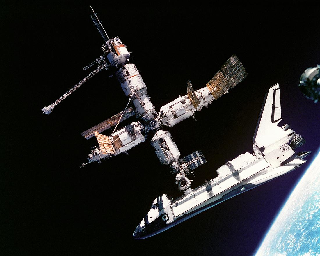 TKS, Soyuz, Space Shuttle, Dragon Crew