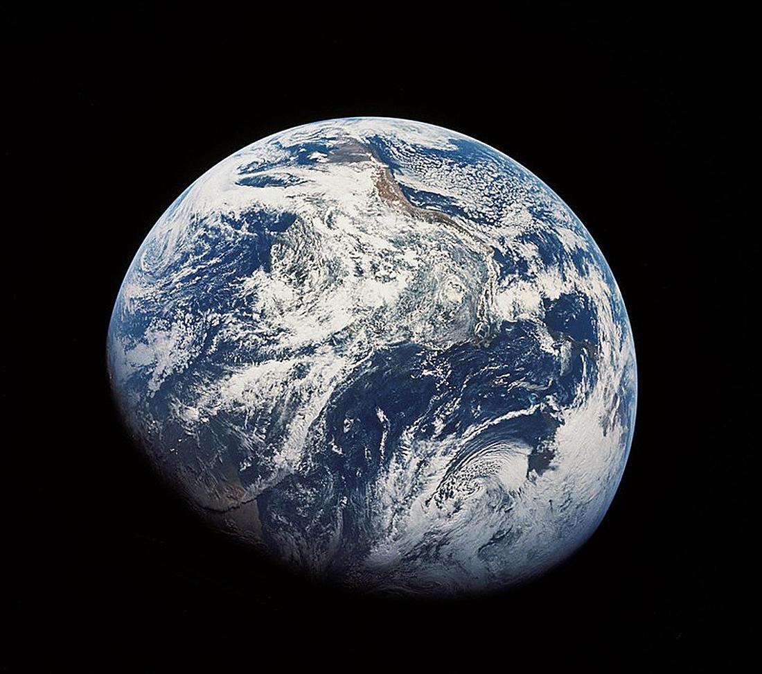 NASA Apollo 8, Earth