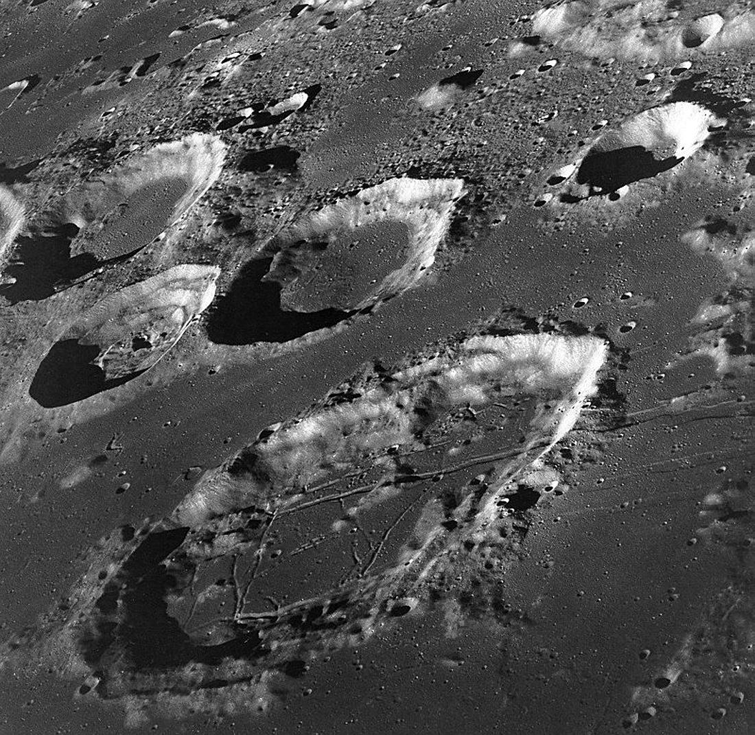 NASA Apollo 8, Moon