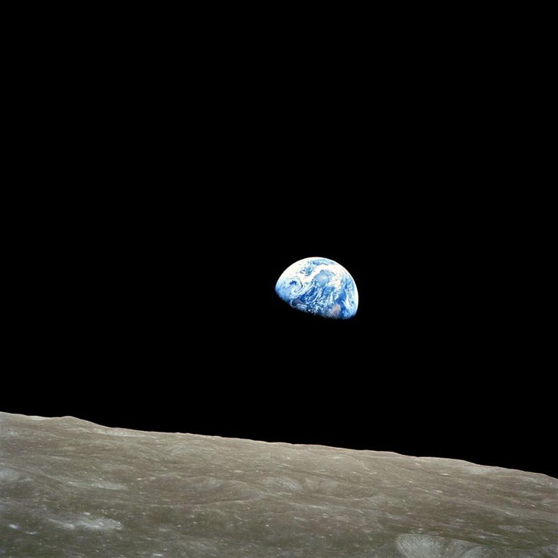 Apollo 8, Earthrise, NASA