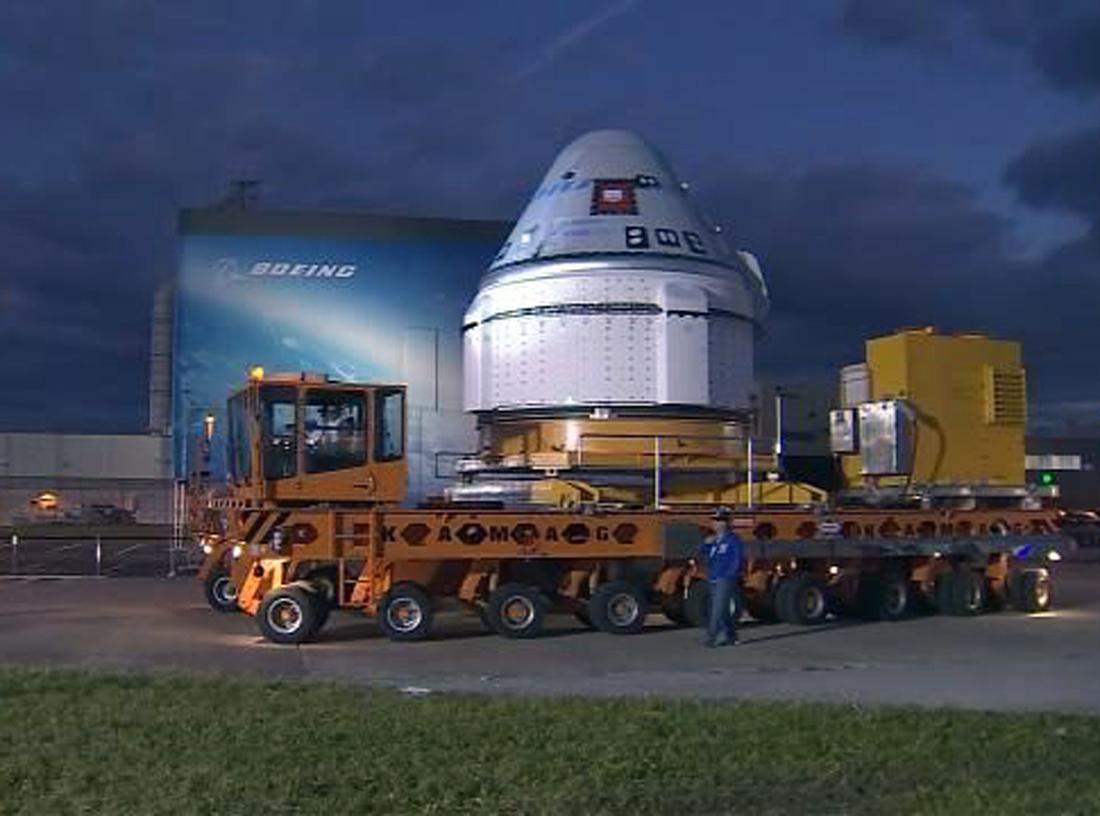 CST-100 STARLINER, Crew Dragon, NASA