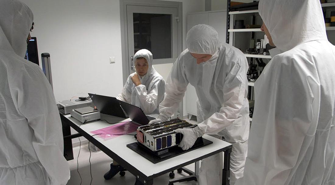 M6P-nano-satellite-testing