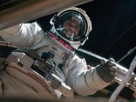 Owen Garriott, Skylab, nasa-pranks3
