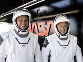 astronautai, Crew Dragon