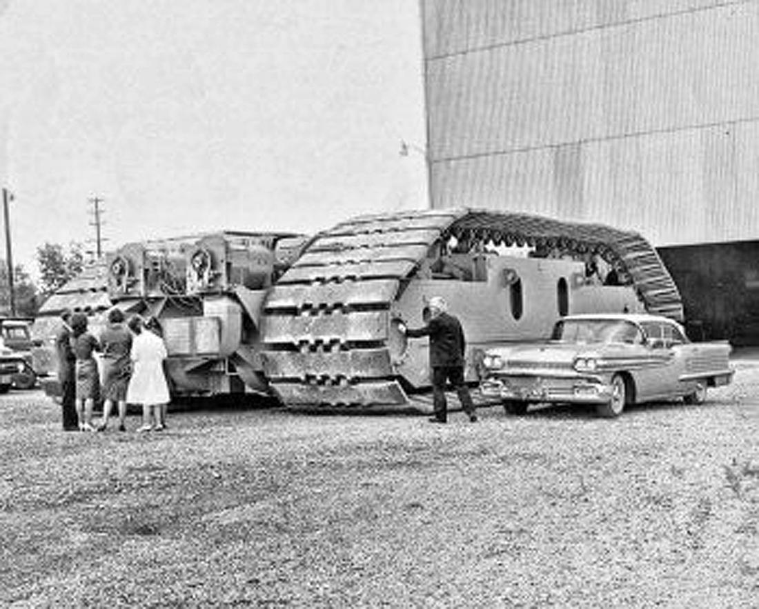 crawler-transporter-tread astronautinis