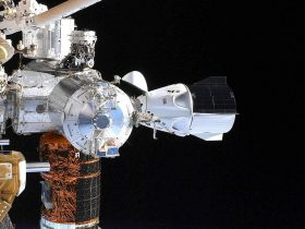crew-dragon-docked-at-iss