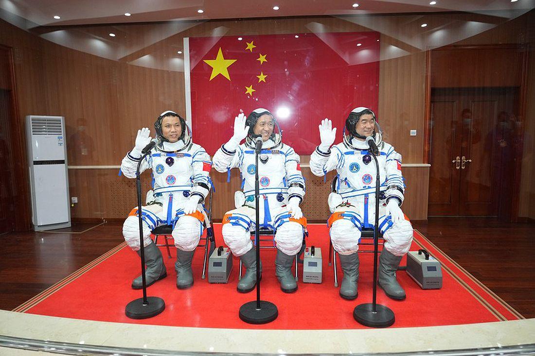 Shenzhou-12 crew B