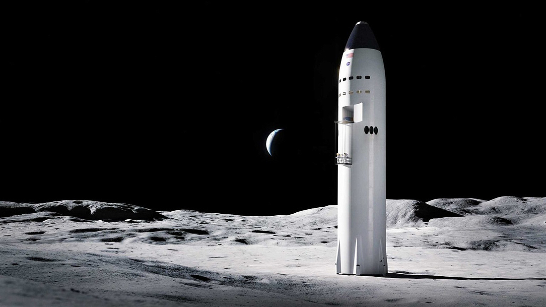 Starship SpaceX on the Moon